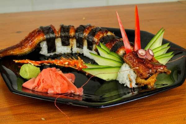 dragon_sushi_roll